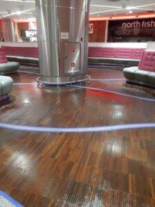 wyczyszczona podłoga